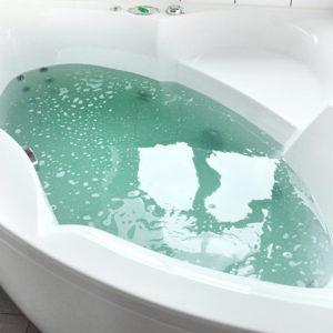 Supernova Galaxy Bath Bomb by Tailored Soap