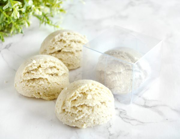 Oatmeal, Milk & Honey Bath Truffle by Tailored Soap